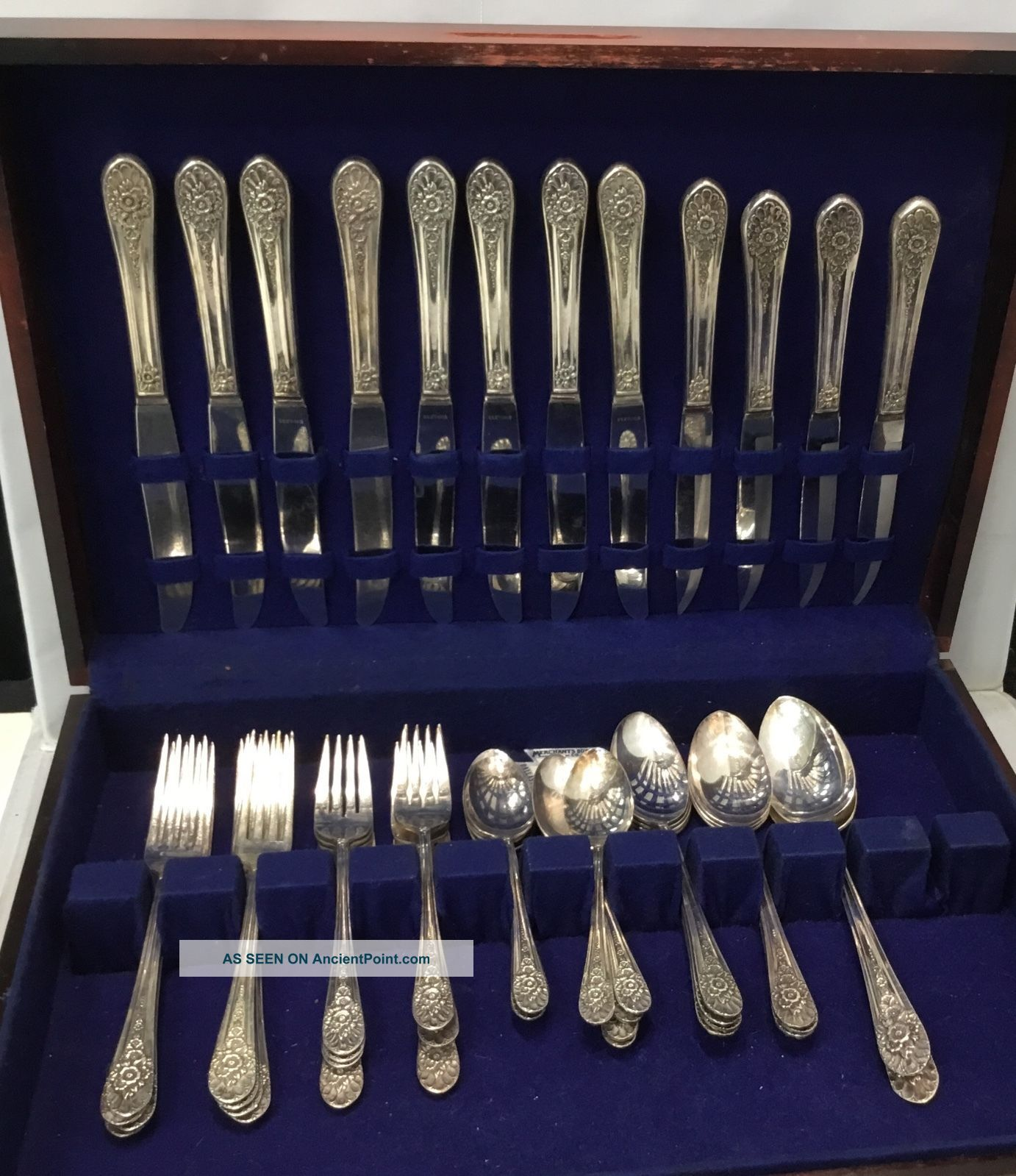 Wm Rogers Mfg Co Aa Is Siver Plated Jubilee Pattern 46 Pc Circa 1953 Wood Box Flatware & Silverware photo