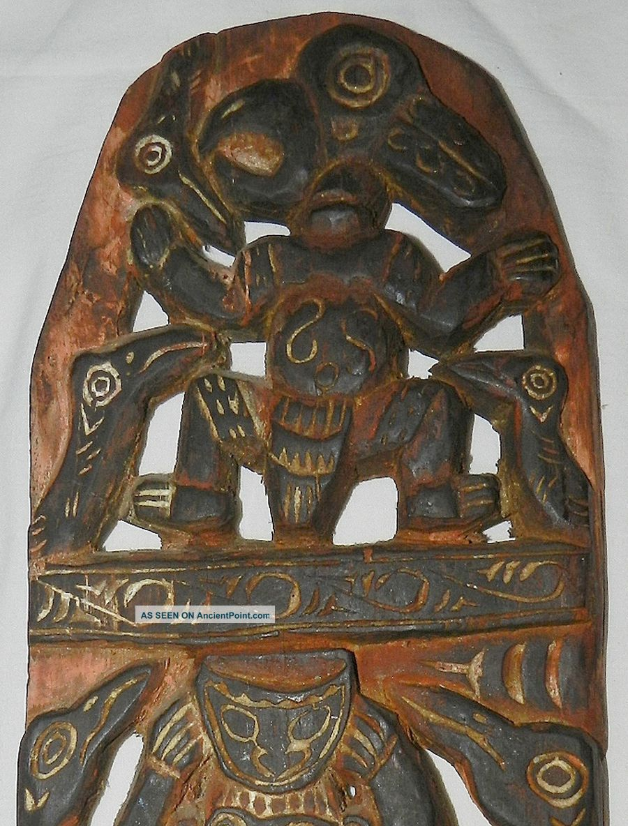 Guinea : Old Wooden Story Board - Tribal Art Pacific Islands & Oceania photo