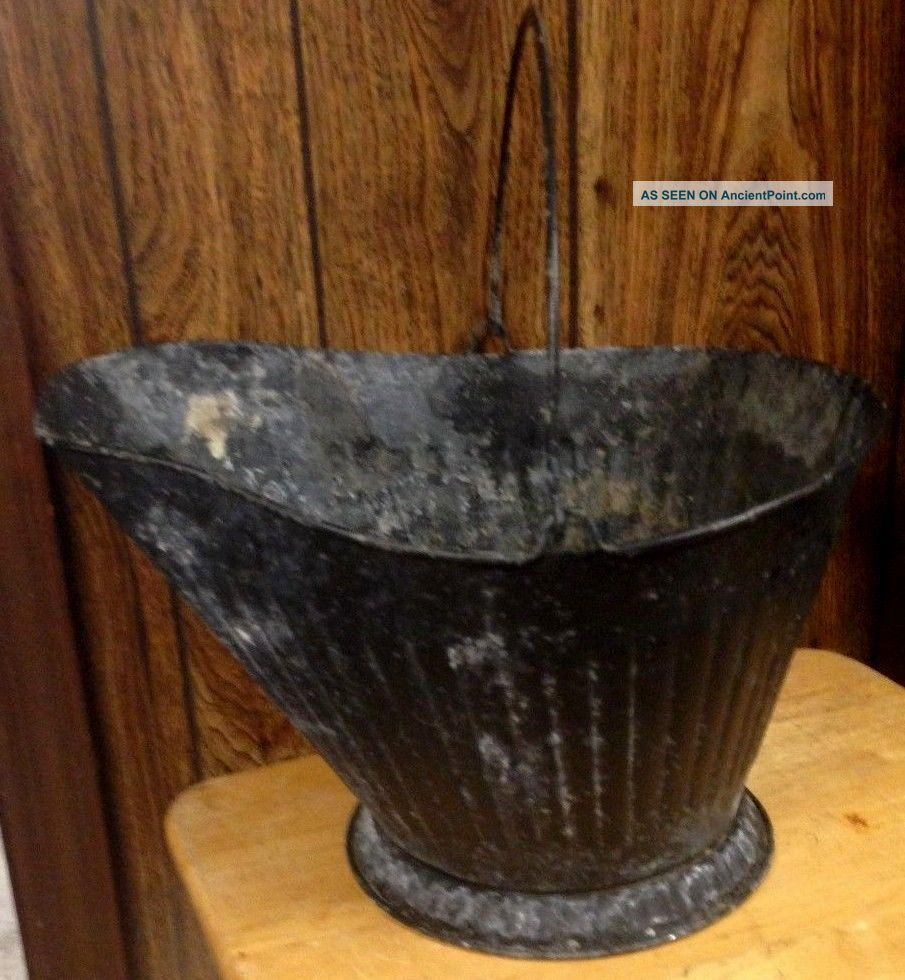 Antique Coal Scuttle Bucket Primitive (17 Cm) Metal Ash Bail W/handle Vintage Hearth Ware photo