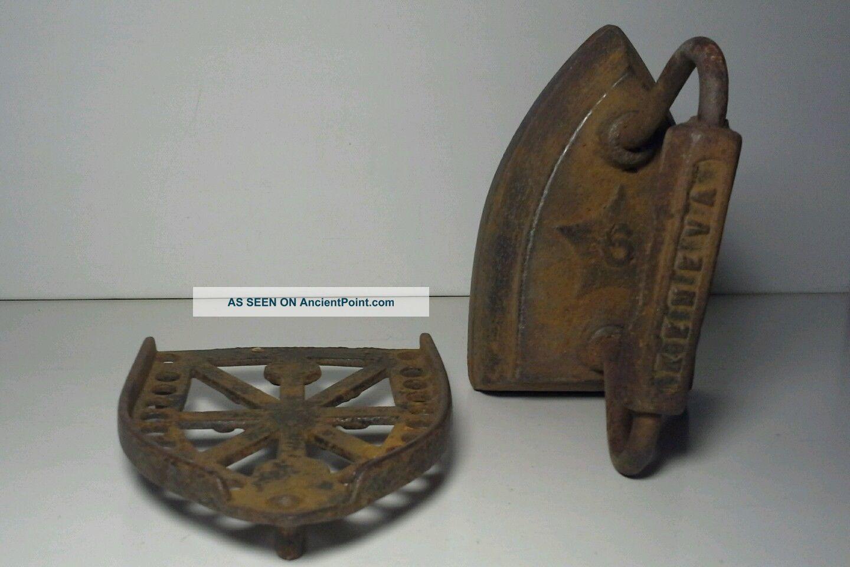 Geneva 6 Sad Iron W/trivet Antiques Cast Iron Illinois Made Usa Trivets photo