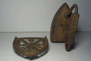 Geneva 6 Sad Iron W/trivet Antiques Cast Iron Illinois Made Usa photo
