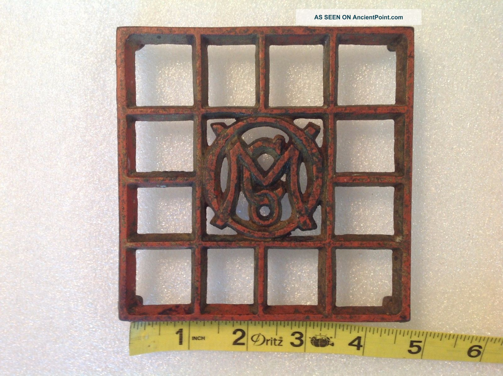Antique Ober Omco Sad Iron Trivet Chagrin Falls Ohio 4 - 3/4
