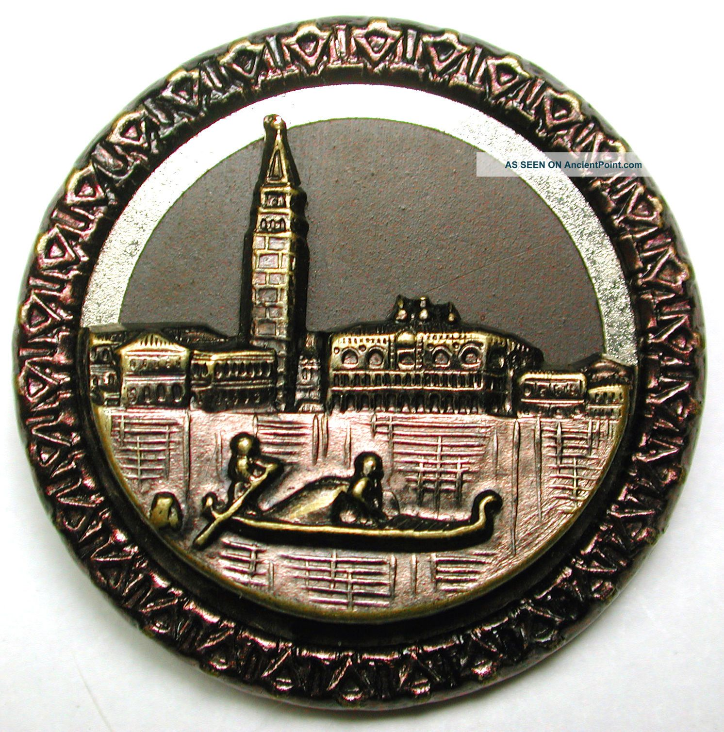 Lg Sz Antique Tinted Brass Button Detailed Gondola & Venice Scene 1 & 7/16