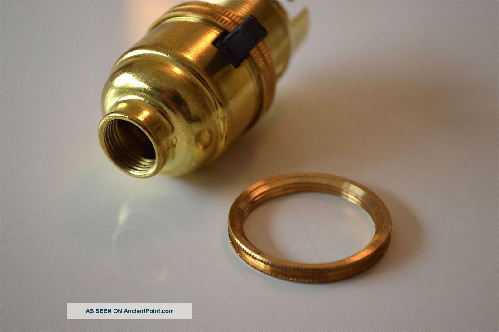 SWITCH BRASS BAYONET FITTING LAMP BULB HOLDER LAMP HOLDER C//W SHADE RING 10MM L9