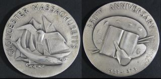 1973 Modernist George Aarons Massachusetts 350 Anniversary.  999 Silver Medallion photo