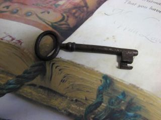Ancient Key - Llave Antigua - 98 Chiave Antica Xviii S - Alte SchlÜssel - Ancienne Clè photo