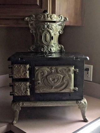 Antique Buck ' S Junior 4 Cast Iron Stove Child Or Salesman Restoration Or Parts photo