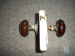 Vintage Antique M.  W.  Co.  Door Lock With 2 Brown Knobs Handles photo