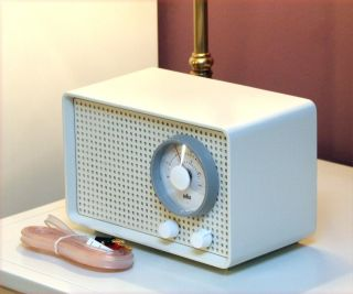 Restored Splendid Braun Sk 2/2 Kleinsuper Tube Radio By Eichler Rams Cream Top photo