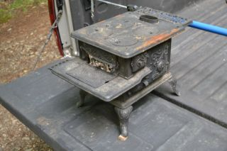 Salesman Sample Enterprise No.  40 P&b Mfg.  Co.  Cast Iron Stove Circa 1910 photo