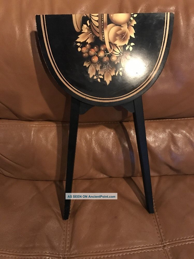 L.  Hitchcock Small Folding End Table Black With Gold Fruit Bowl And Trim Post-1950 photo