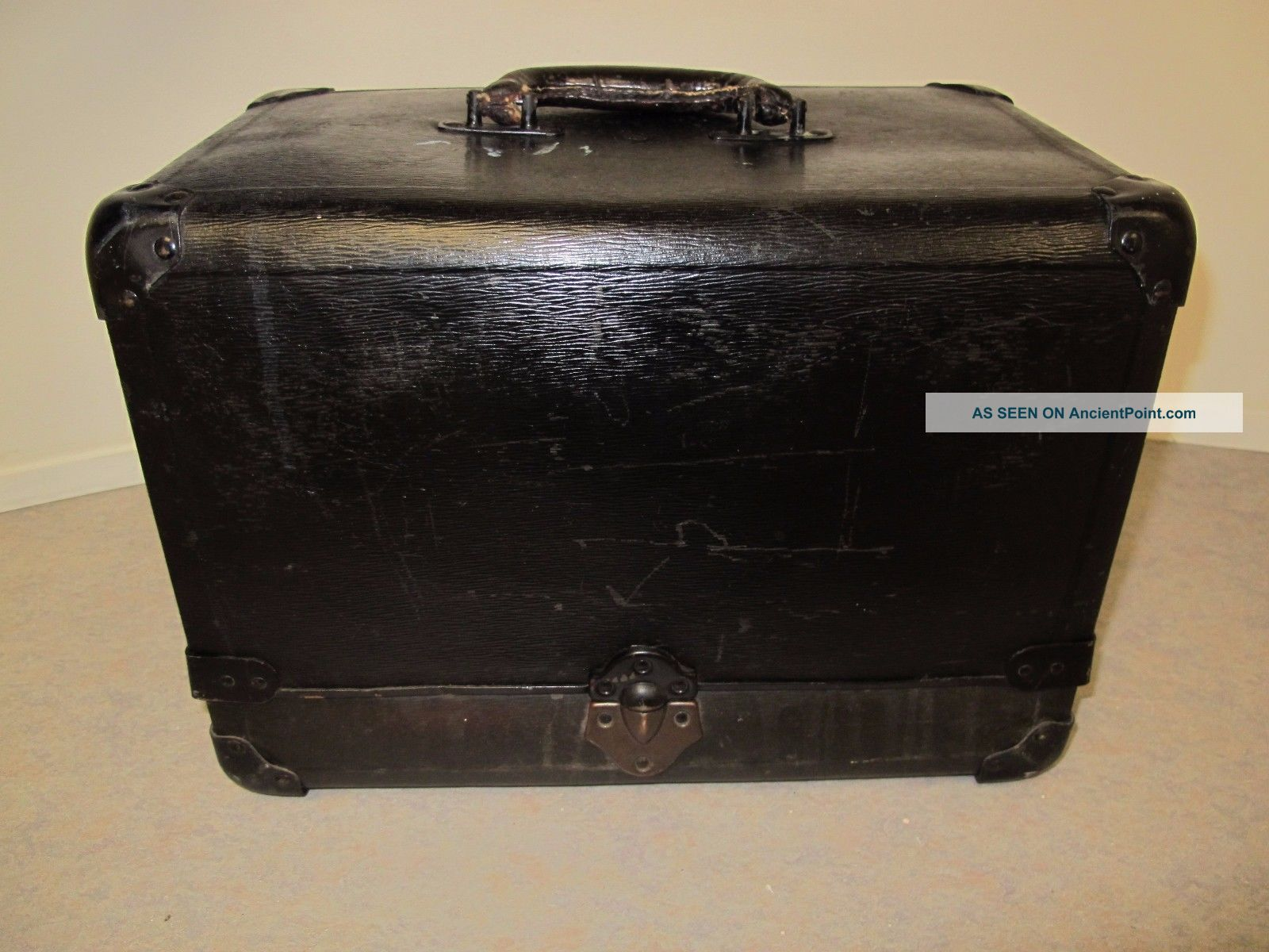 Vintage Artists Tool Case W/ Accordion Compartments Fibre Products Mfg.  Co.  Ny Doctor Bags photo