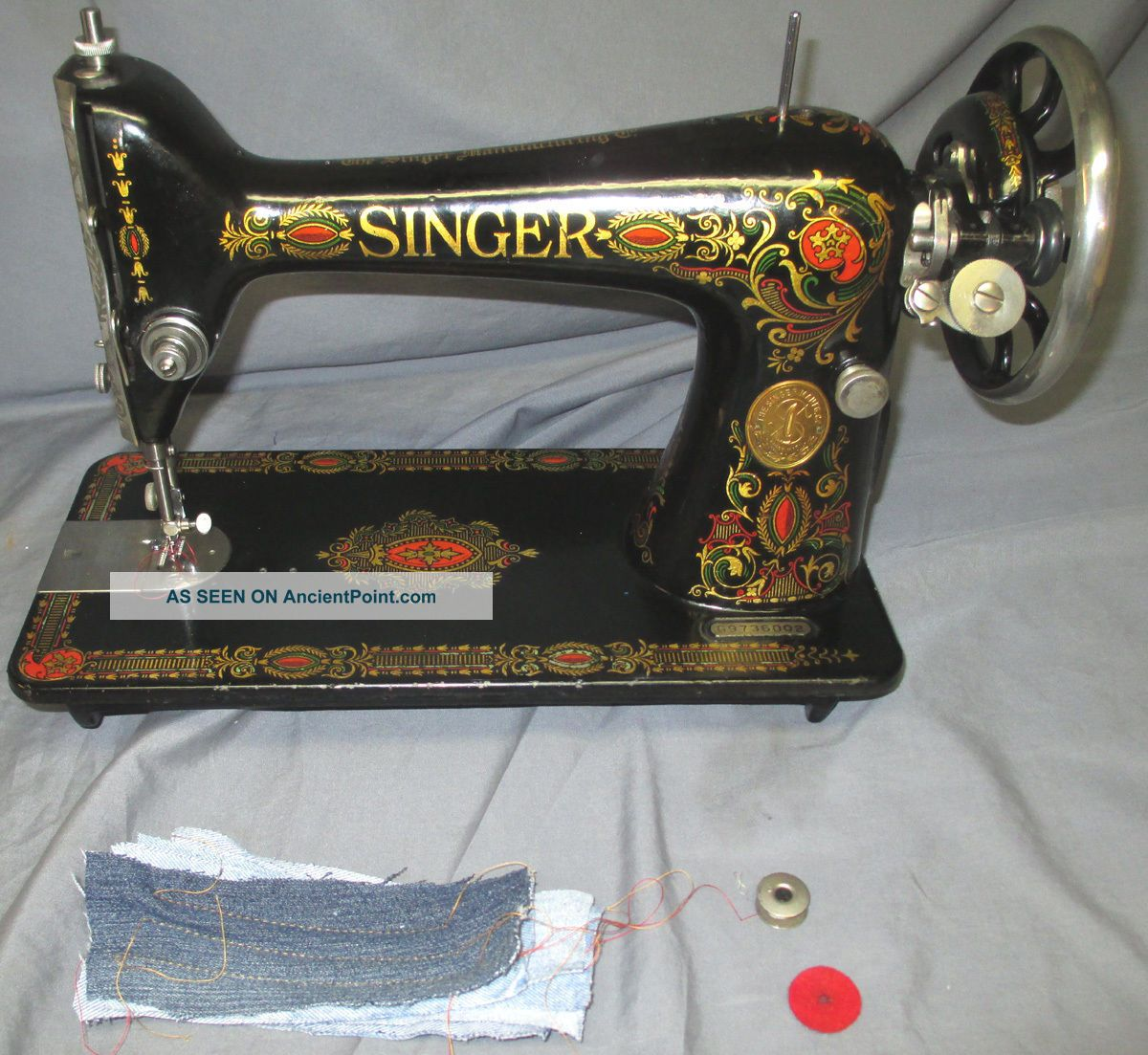 Shiny Serviced Antique 1923 Singer 66 Red Eye Treadle Sewing Machine Video Sewing Machines photo