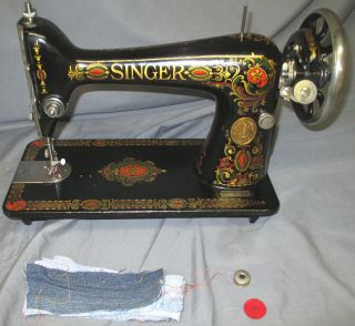 Shiny Serviced Antique 1923 Singer 66 Red Eye Treadle Sewing Machine Video photo
