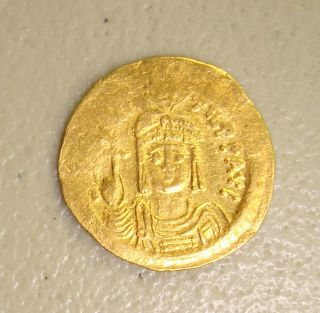 Ad 582 - 602 Maurice Tiberius Ancient Byzantine Gold Solidus Vf photo