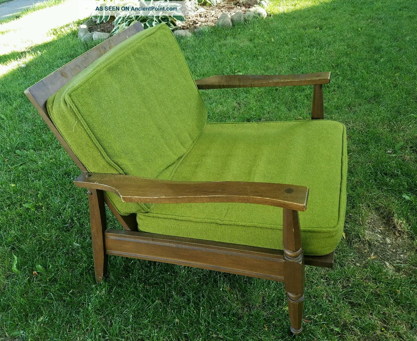 Vintage Heywood Wakefield Chair With Avocado Green Cushions