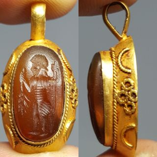 Stunning Solid Gold Carnilion Intaglio Pendant photo
