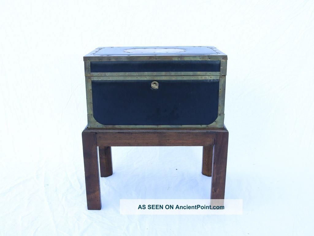 Vtg Italian Brass And Leather Chest On Stand Oak,  Side Table Designer Rare Italy Post-1950 photo