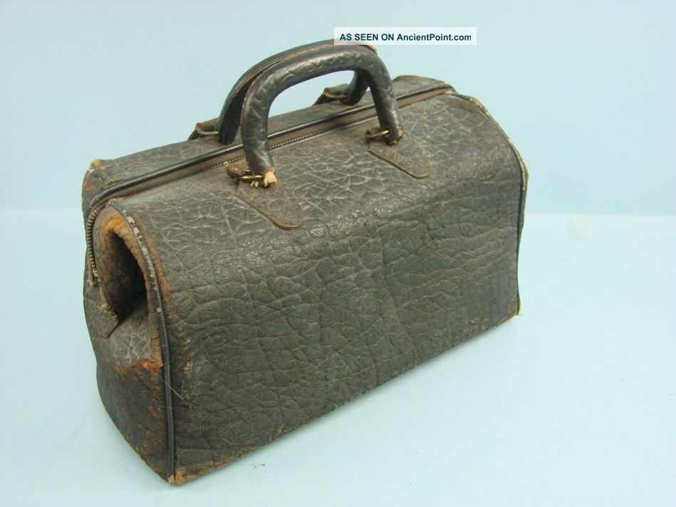 Antique Travelling Doctor ' S Medical Satchel Leather Distressed Tote Bag 1890 ' S Doctor Bags photo