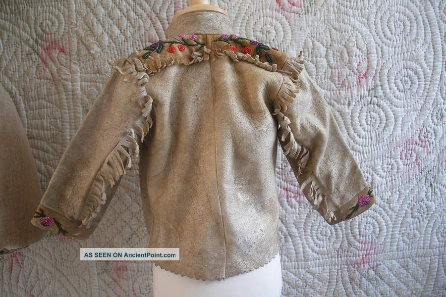 Child ' S Antique Native American Indian Beadwork Hide Jacket,  Beaded Clothing Native American photo