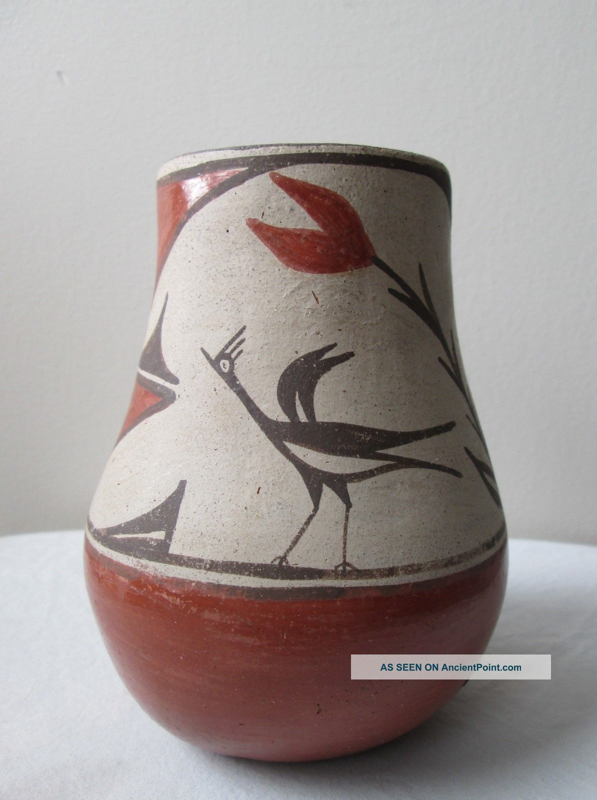 Antique 1930s Polychrome Native American Indian Zia Pueblo Pottery Vase Wit Bird Native American photo