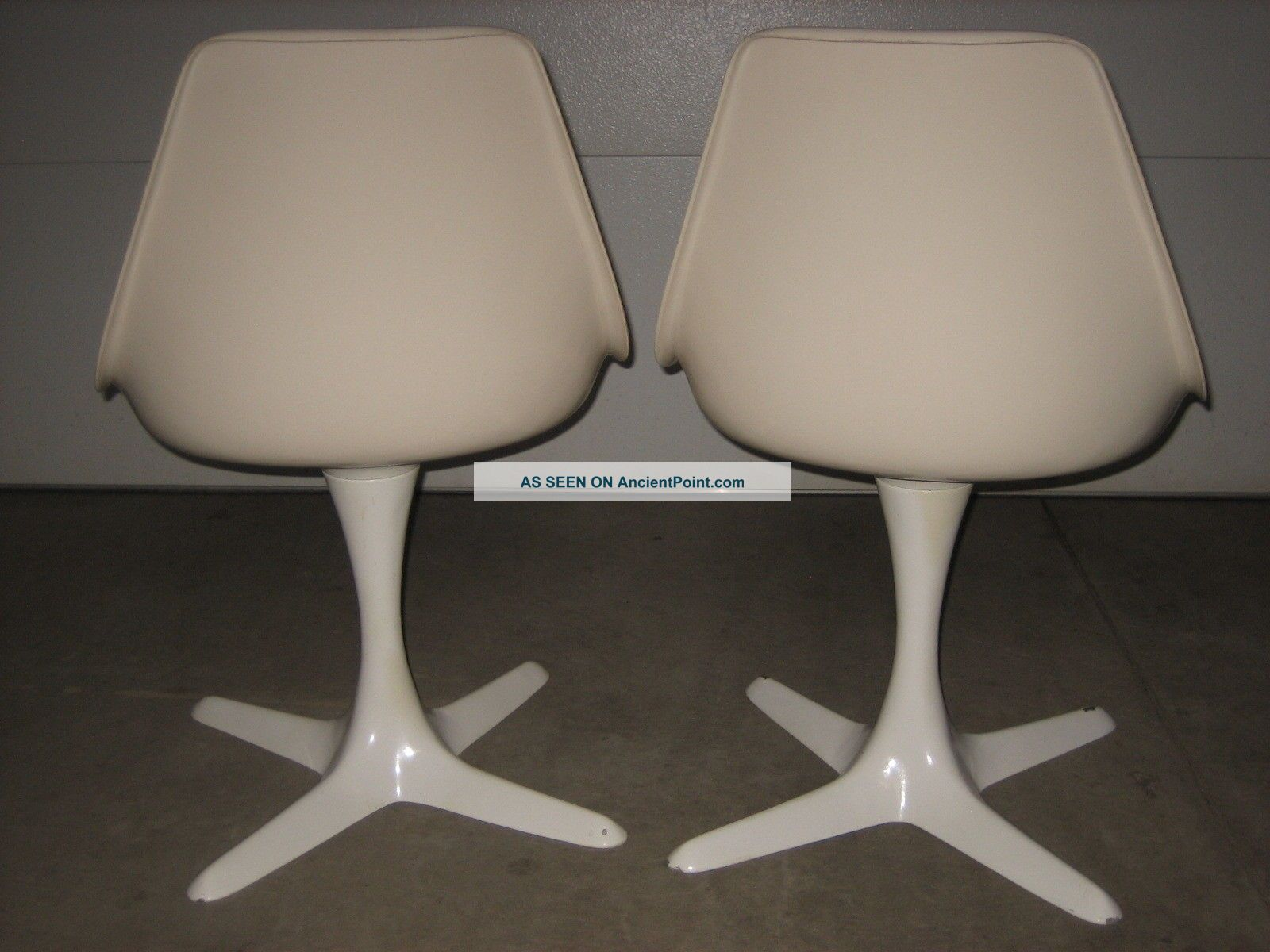 2 Burke 115 Mcm Mid Century Modern Knoll Style Tulip Chairs Armless Euc Post-1950 photo