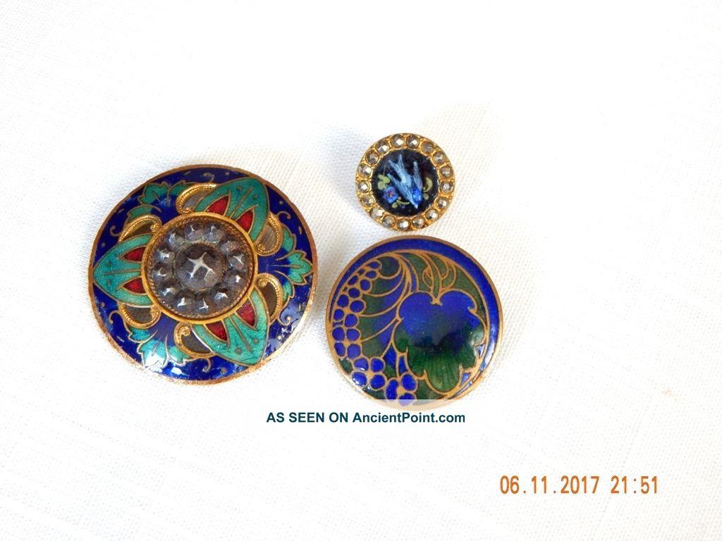 L7.  3 Antique Victorian Art Nouvea Enamel Buttons With Gilt And Steels Buttons photo