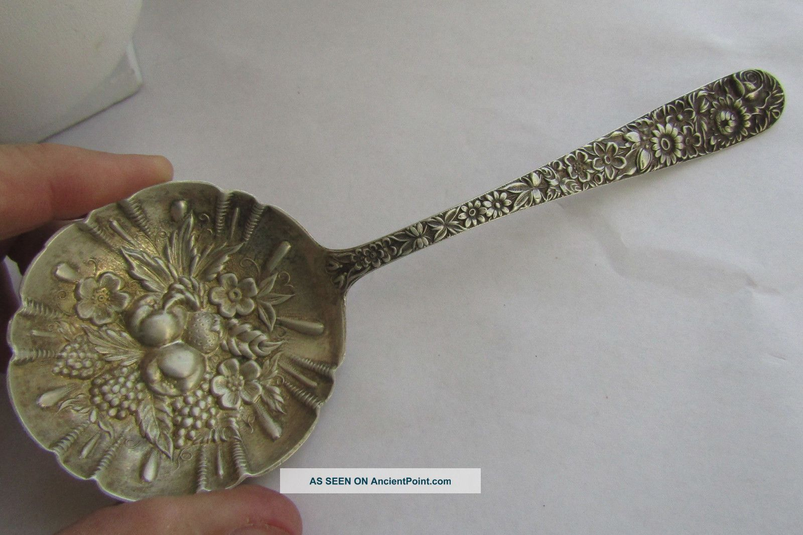 Antique Vintage S Kirk & Son Sterling Silver Repousse Bon Bon Spoon,  7.  5
