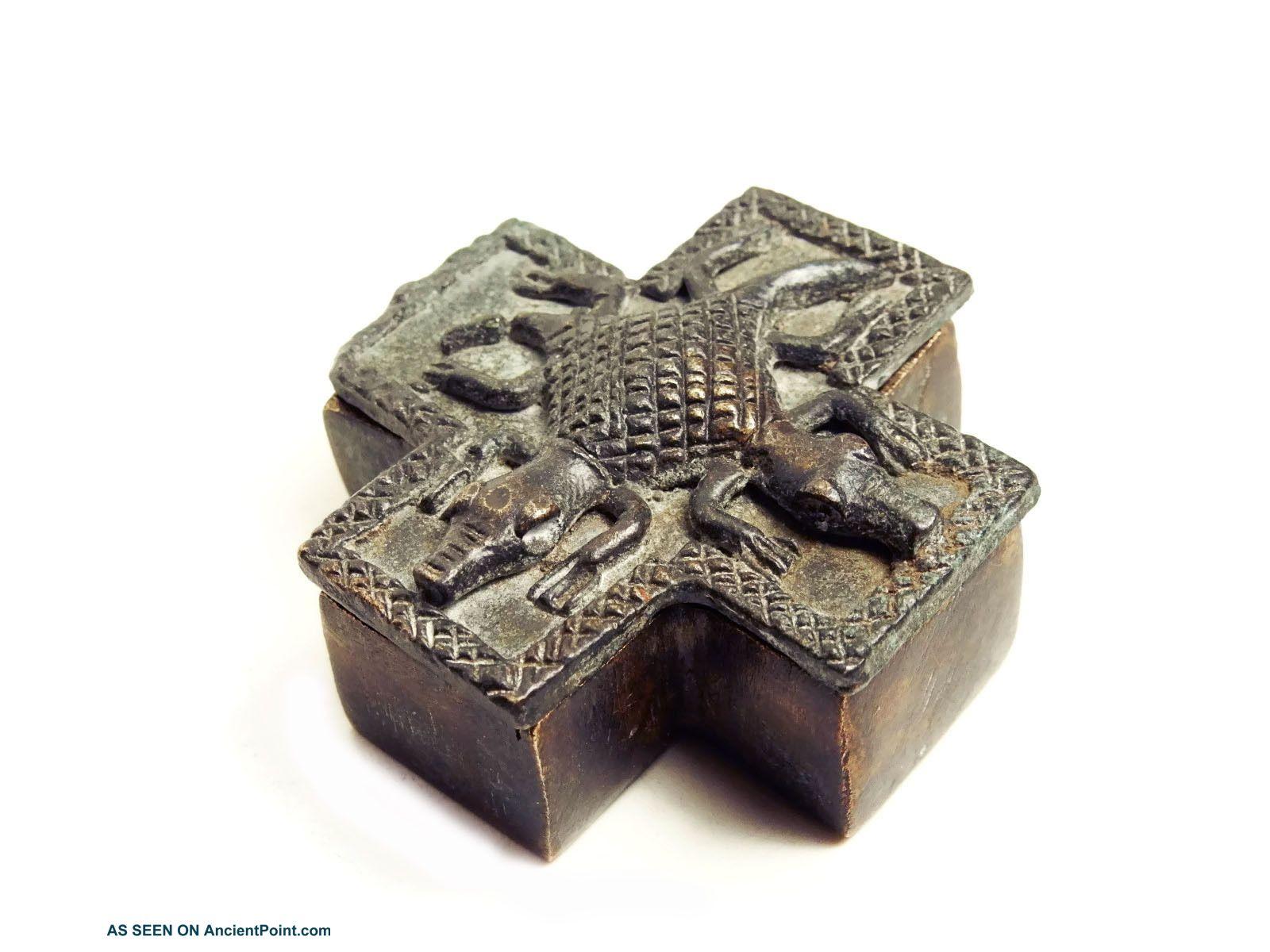 African Tribal Rare Antique Ashanti Cast Bronze Gold Sand Box - Double Crocodile Sculptures & Statues photo