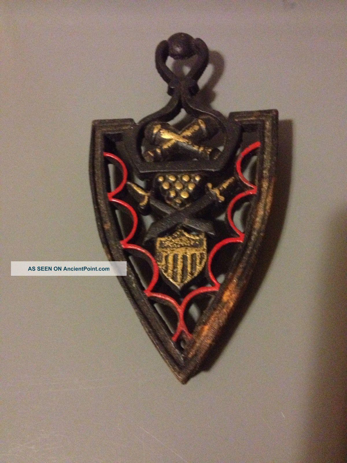 Antique Iron Trivet W/cannon ' S,  Balls,  Swords & A Shield - Very Good Cond. Trivets photo