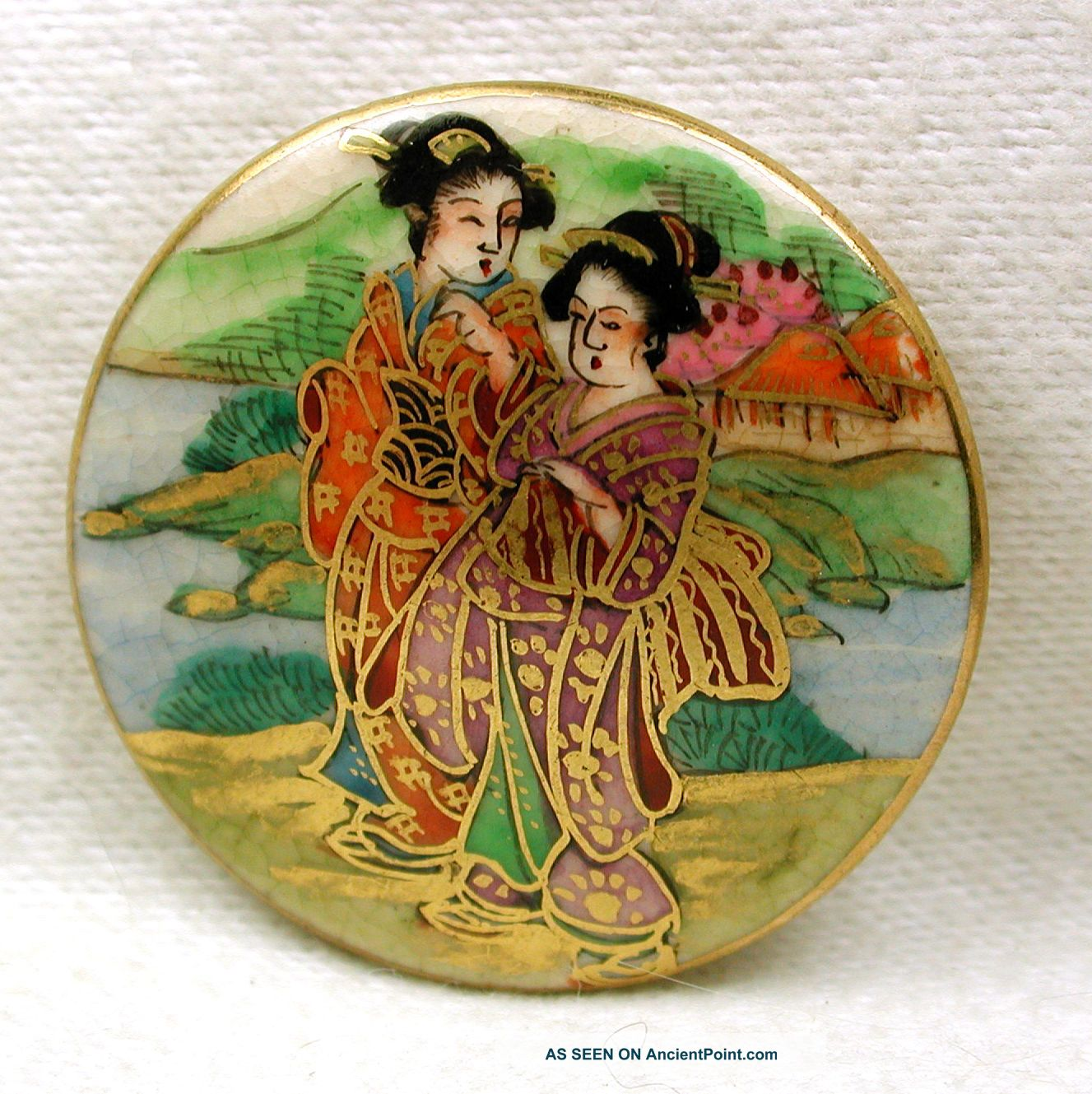 Vintage Satsuma Button Hand Painted 2 Geisha In Kimonos W/gold Accents 1 & 3/16