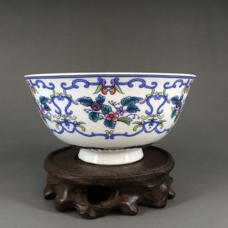 Chinese Porcelain Bowl Of Hand - Painted Flower Branches And Leaves Qianlong Mark photo