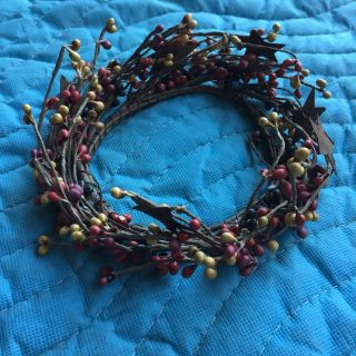 Primitive Berry/star Wreath photo