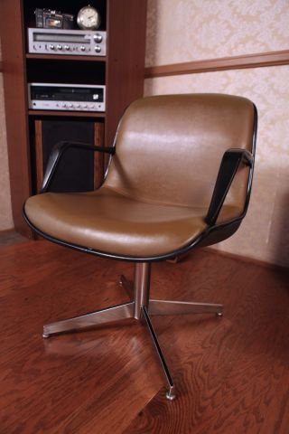 Steelcase Vintage Mid Century Chair,  Office,  Therapist,  Waiting Room,  Model 451 photo