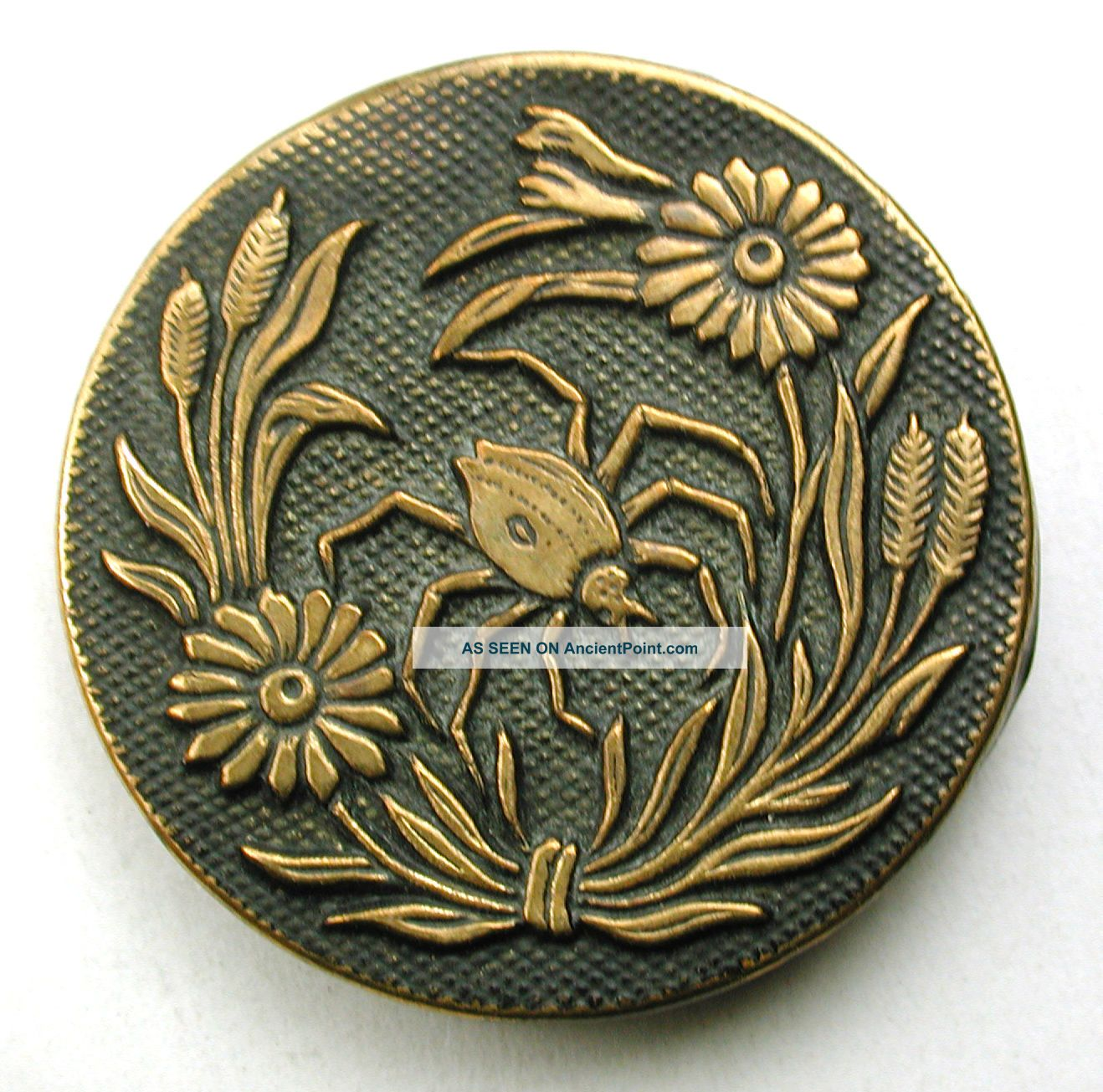 Lg Sz Antique Brass Button Detailed Garden Spider Design - 1 & 3/8