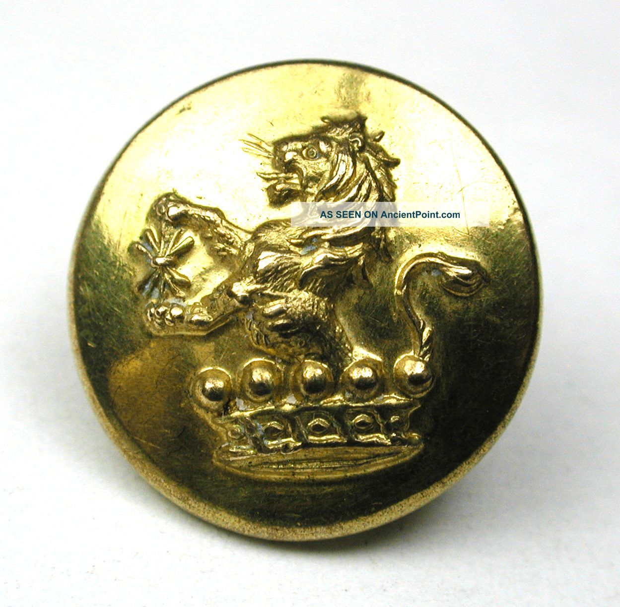 Antique Brass Livery Button - Lion In Crown Image - Firmin - 5/8