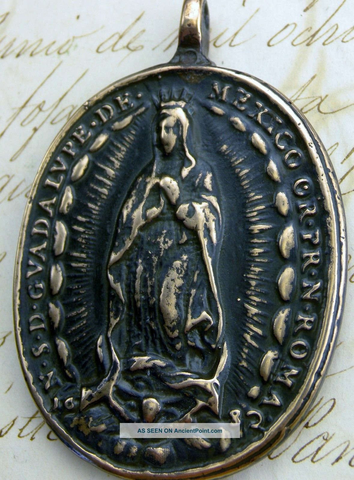 Antique 17th Century O.  L.  Of Guadalupe & St.  Michael Archangel Dated 1682 Medal Latin American photo