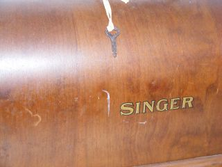 Antique Singer Sewing Machine Bentwood Top Only Dome Case With Key 1928 photo