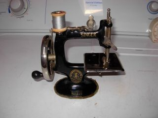 Antique Singer Sewing Machine - Toy / Salesman Sample photo