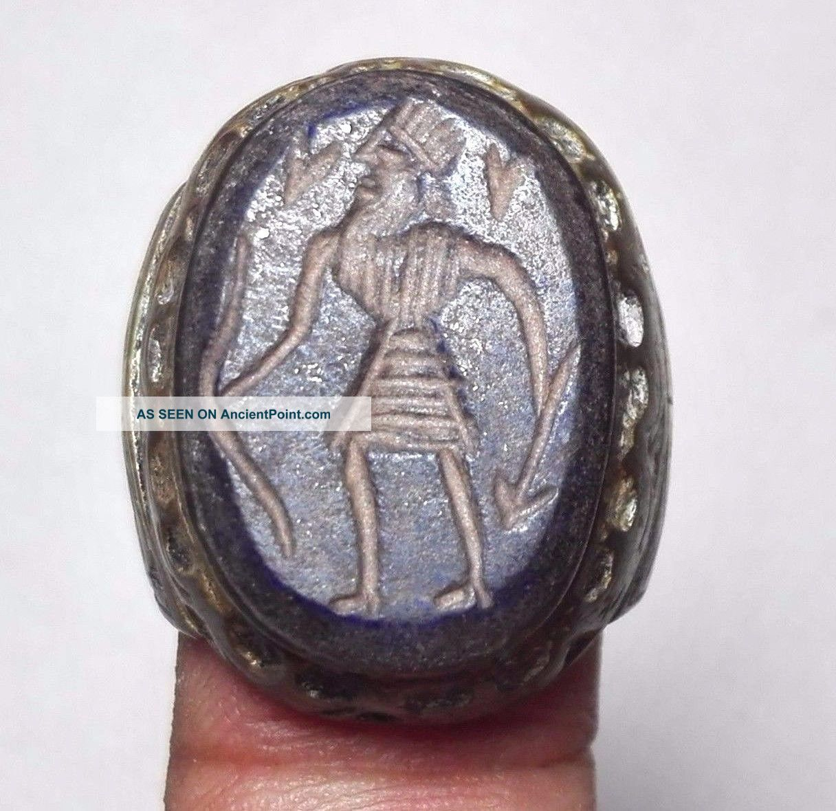 Ancient King Hunter Lapis Intaglio & Deer Bronze Ring 7 Size Near Eastern photo