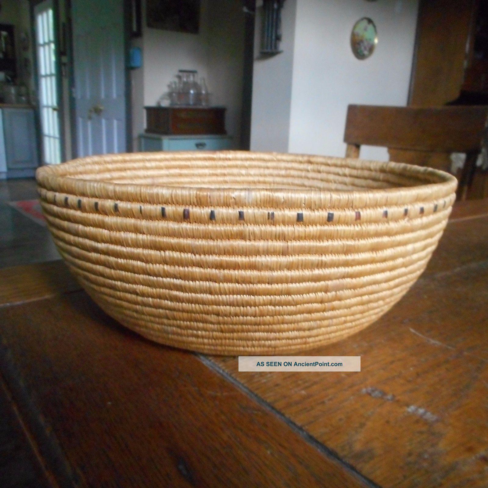 Vintage Native American Alaskan Eskimo Woven Coiled Basket 91/2