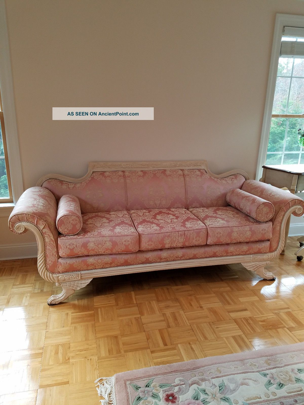 Sofa Duncan Phyfe Classic Carved Cream Finish Wood 1900-1950 photo