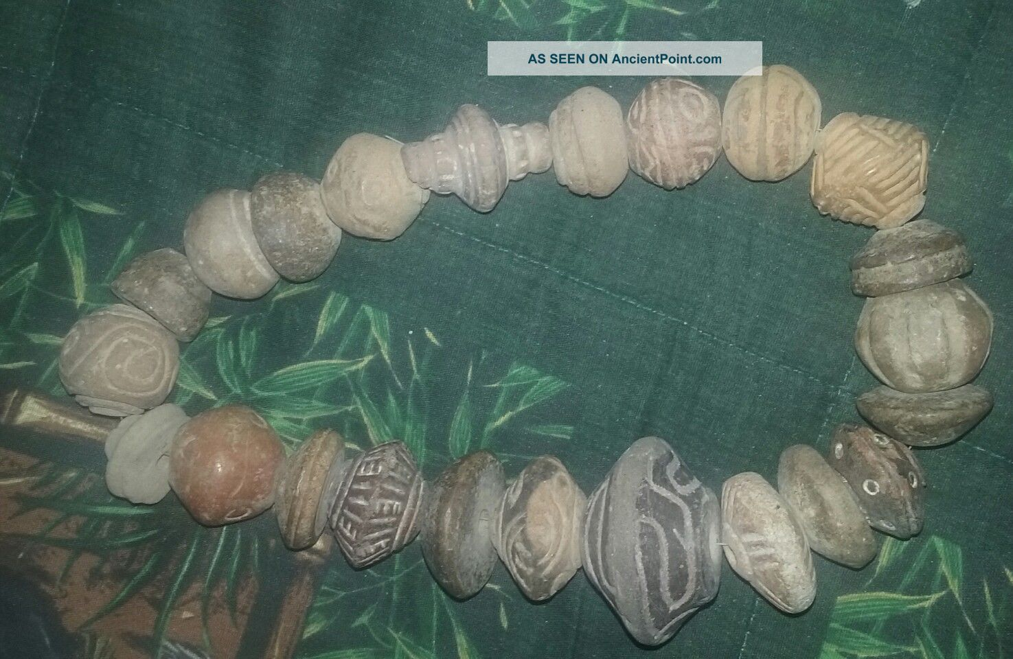 Ancient Pre Columbian Strand Of 23 Large Pottery Beads - Ecuador The Americas photo