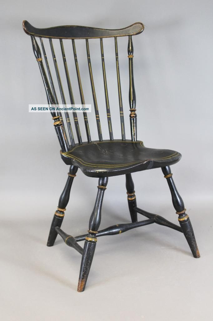 A Very Bold Late 18th C Connecticut Windsor Fan Back Chair In Grungy Old Paint Primitives photo