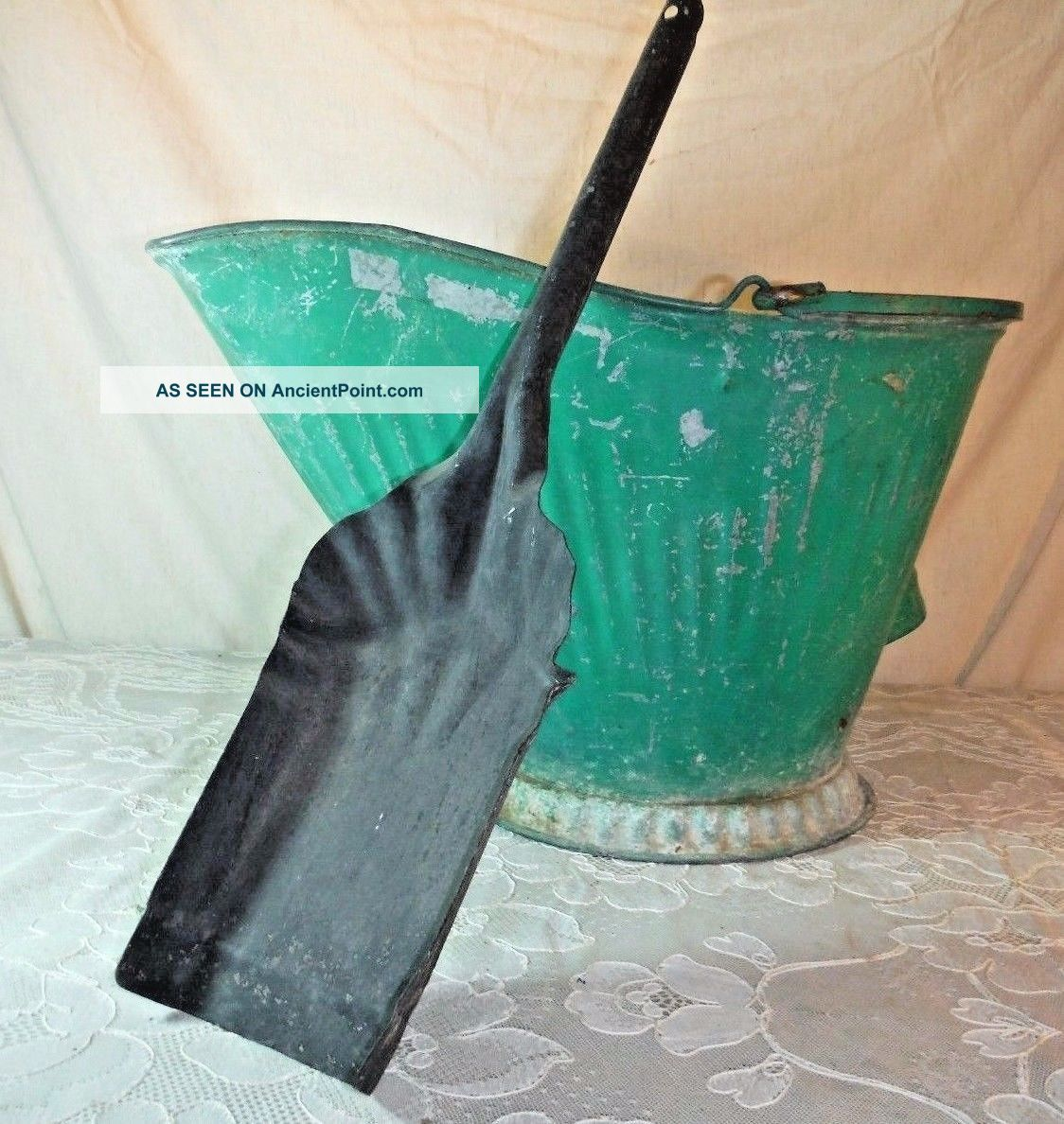 Antique Coal Scuttle Hod Bucket Primitive Green 17