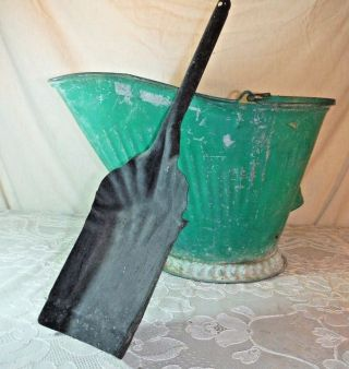 Antique Coal Scuttle Hod Bucket Primitive Green 17