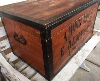 Large Antique Vintage Wooden French Amidon Royal E.  Remy Starch Trunk photo