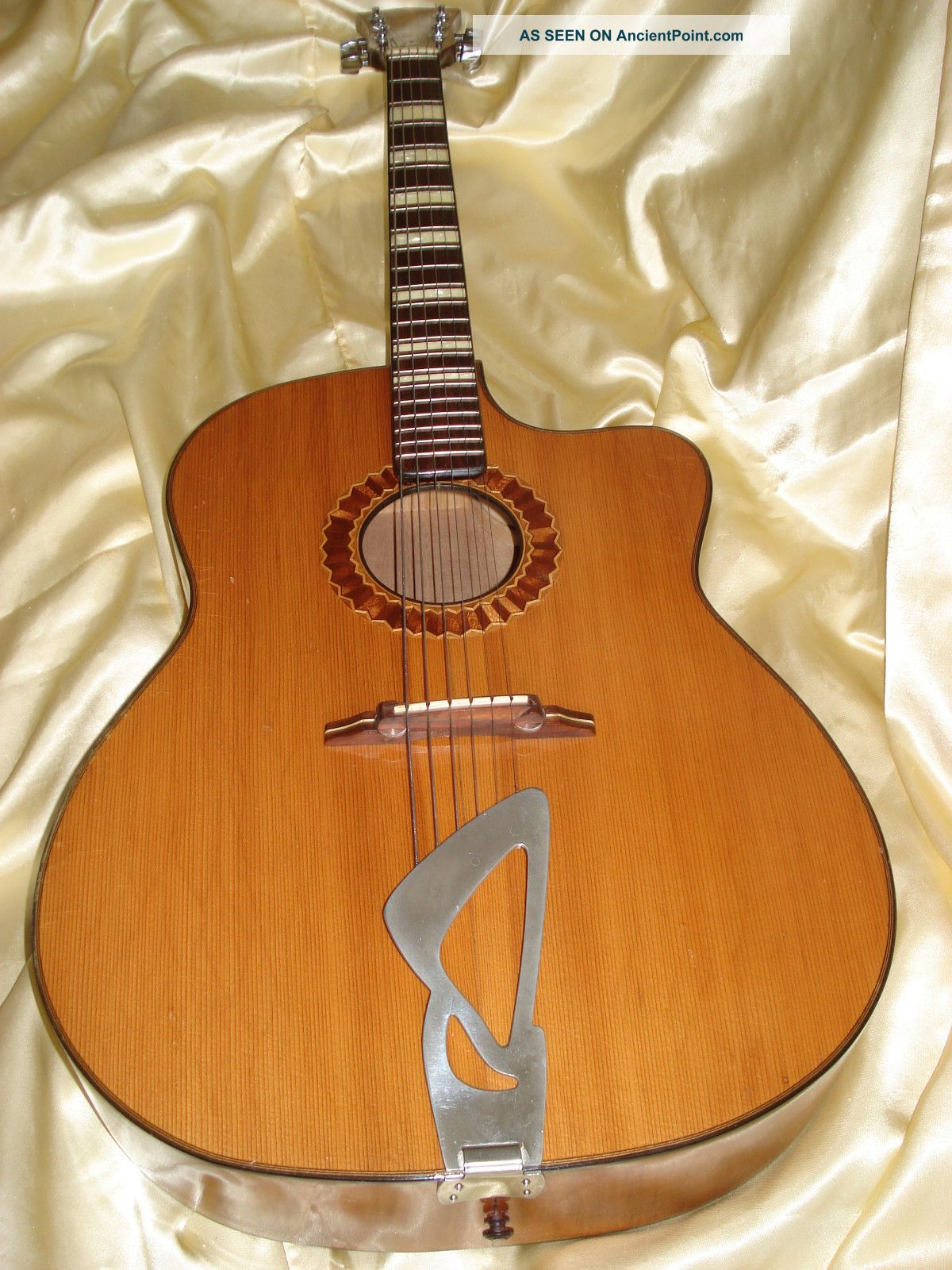 H.  Neubauer Acoustic Masterguitar 1974 String photo