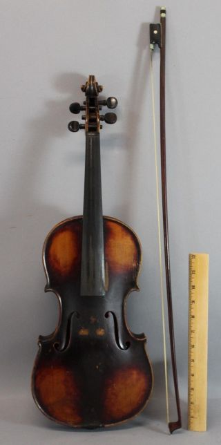 Quality Early Antique 4/4 Figured Maple Violin photo