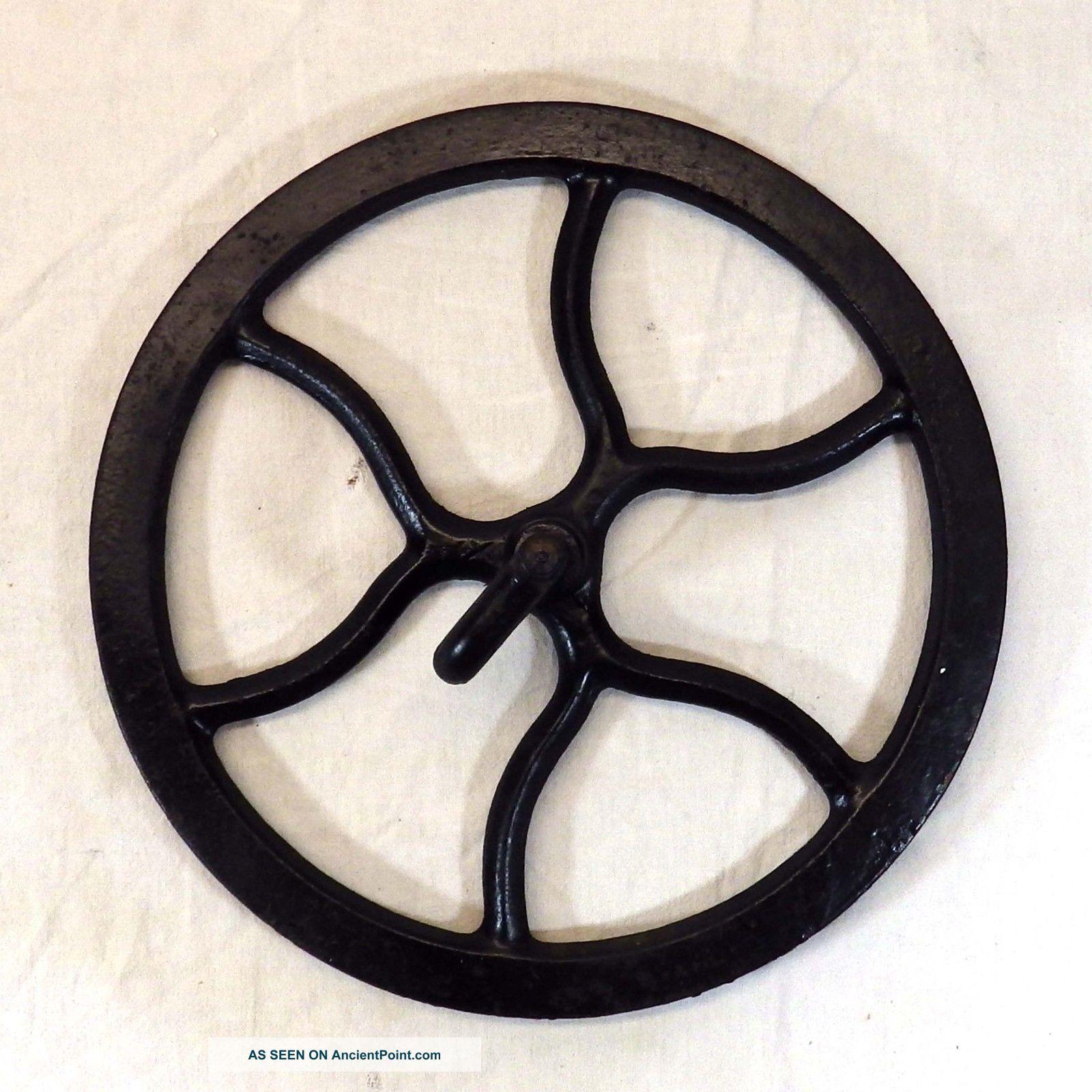 Vintage Singer Sewing Machine Treadle Table Cast Iron Metal Belt Flywheel Black Furniture photo